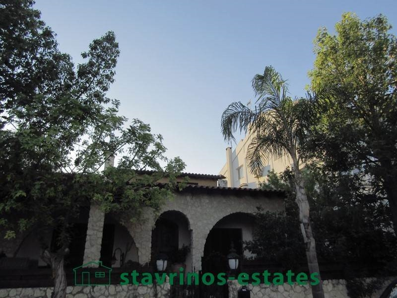 (For Sale) Residential Building || Nicosia/Nicosia - 400 Sq.m, 8 Bedrooms, 1.000.000€